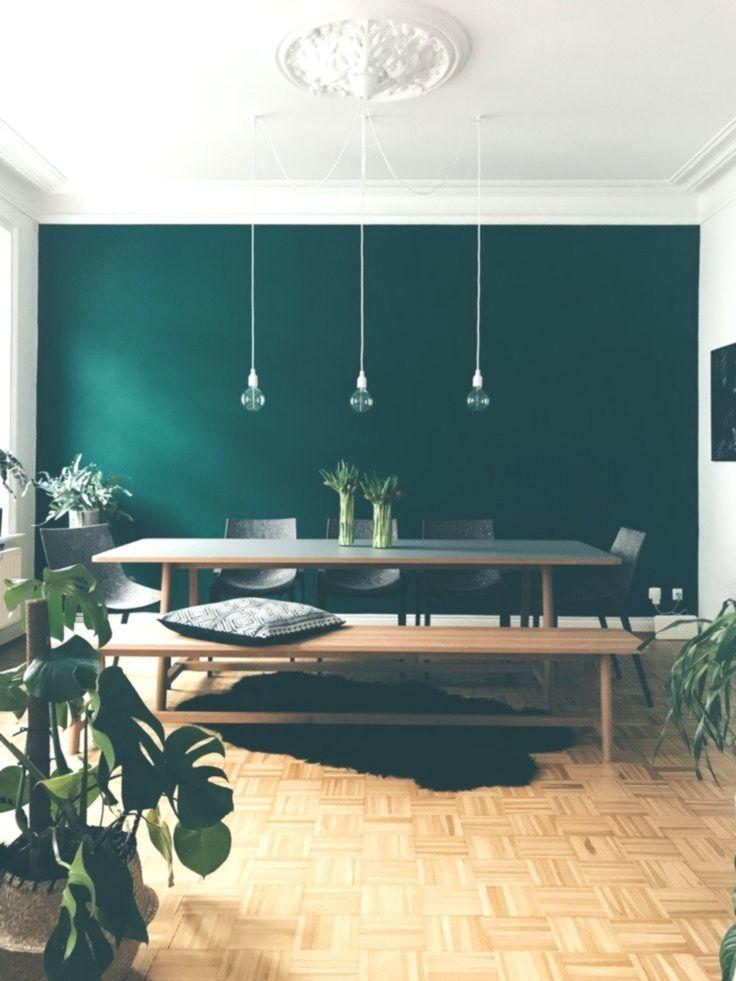 The Color Is Called Jagergrun Hunter Green By Schoner Wohnen Farbe Www S Esstisch Holz Schoner Wohnen Farbe Skandinavisches Haus