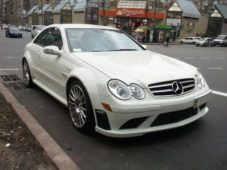 Made more as 30 photos of a Mercedes CLK 63 AMG Black series in pure white.