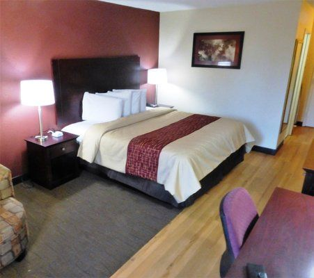Affordable, pet friendly hotel in Dumfries, Virginia. Red Roof Inn Dumfries.