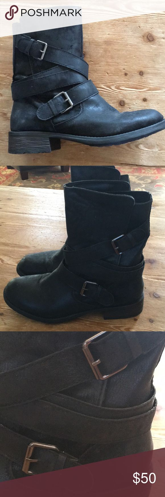 Rampage black moto boots, size 10 Rampage black moto boots, size 10, in faux pebbled leather, very realistic looking. These boots look amazing with leggings or with a cute skirt or dress. In excellent condition. Rampage Shoes Combat & Moto Boots