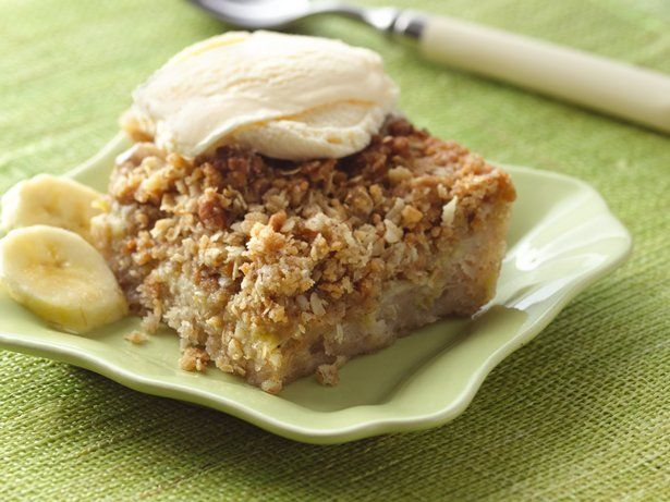 Banana Bread Crunch CakeServings Warm, Cake Recipe, Sweets Treats, Desserts Whichev, Bananas Recipe, Crunches Cake, Banana Bread, Breads Crunches, Bananas Breads