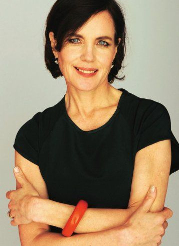Downton Off Screen: Cora, Played by Elizabeth McGovern. #downtonabbey