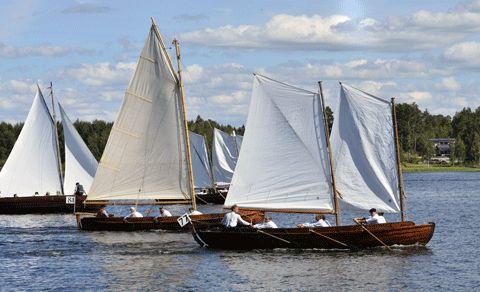 Monäsrodden on talonpoikasveneiden purjehdus- ja soututapahtuma Uudenkaarlepyyn Munsalassa.