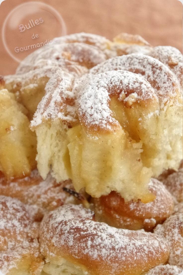 Brioche fleurie au lait d'amandes, crème d'érable, pommes… savoureux bouquet !!! http://www.bullesdegourmandises.com/brioche-fleurie-au-lait-damandes-creme-derable-pommes-savoureux-bouquet