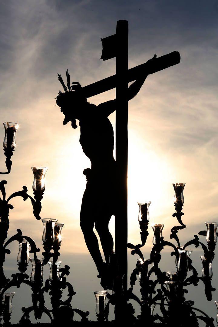 Imágenes curiosas de la Semana Santa 2015 en La Opinión de Málaga.