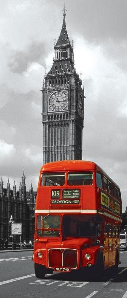 Os famosos ônibus de dois andares da Inglaterra! =)