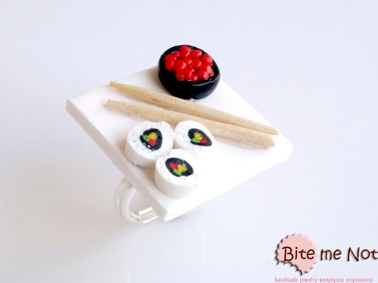 Sushi plate -Silver metal adjustable ring!  -Variety of japanese shusi! Take your chopsticks and enjoy!