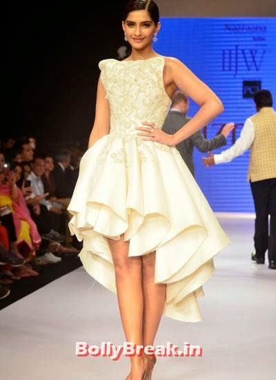 Sonam Kapoor wore white sleeve less gown and diamond earrings Sonam Kapoor Pics in White Gown Dress at IIJW Fashion Show 2014 - Sonam Kapoor Ramp Walk Pics in hot White Tight Dress , #fashionshow #sonamkapoor #gown #iijw #dress #bollybreak #bollywood #india #indian #mumbai #fashion #style #bollywoodfashion #bollywoodmakeup #bollywoodstyle #bollywoodactress #bollywoodhair