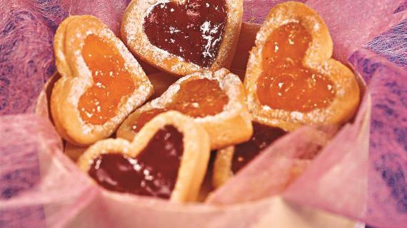 Печенье-сердечки с джемом. Пошаговый рецепт с фото на Gastronom.ru