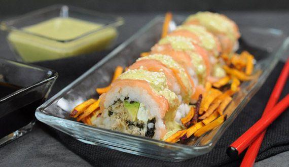 Sushi Nikkei con Salsa Cebiche
