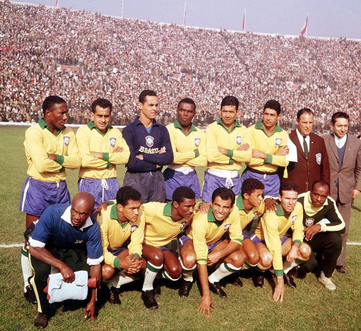 Brazil to face Czechoslovakia in the 1962 World Cup final:            Djalmar Santos, Zito, Gilmar, Zozimo, Nilton Santos, Mauro; Garrincha, Didi, Vava, Amarildo, Zagallo