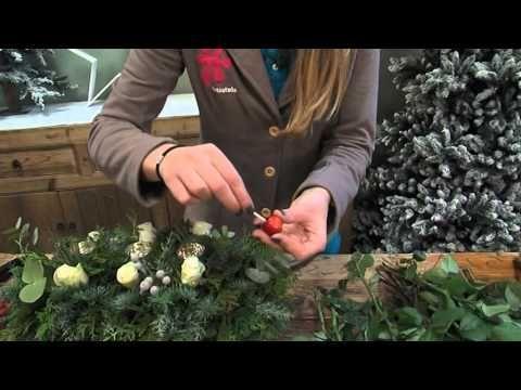 Maak zelf je eigen kerststuk met de tips van Intratuin Halsteren! - YouTube