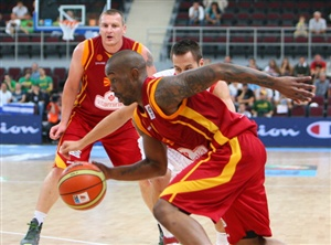 Montepaschi Siena v Real Madrid live streaming basketball is available on Thursday from the Euroleague Top 16.