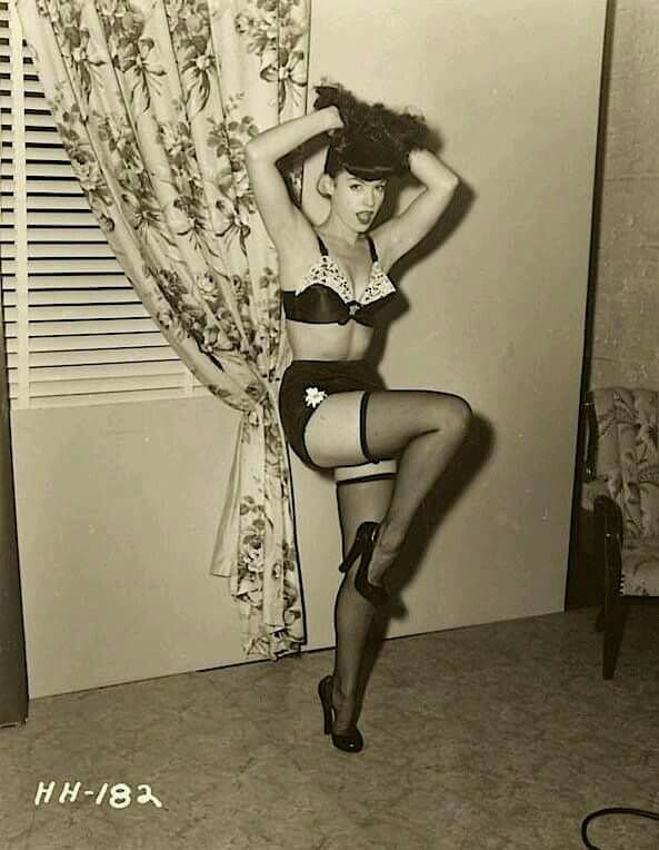 1377 best images about Pin ups on Pinterest | Norma jean ...