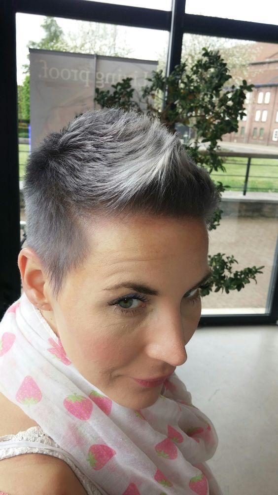 50 migliori tagli di capelli Pixie per le donne oltre i 40 anni  capelli   donne  migliori  oltre  pixie  tagli  2019acconciature  391870d12313