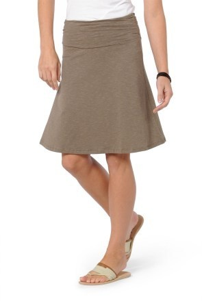 During the summer, I like simple casual skirts, this is a great choice for me. A line flatter pear shapes