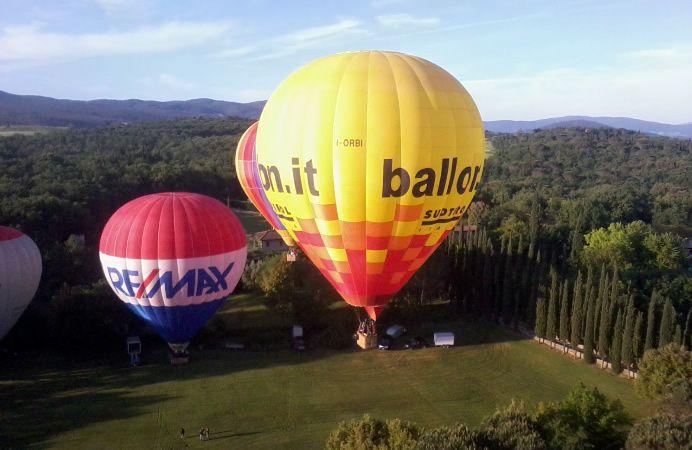 La #Toscana in #mongolfiera! - Hot air #ballooning in #Tuscany, #Italy! #balloon