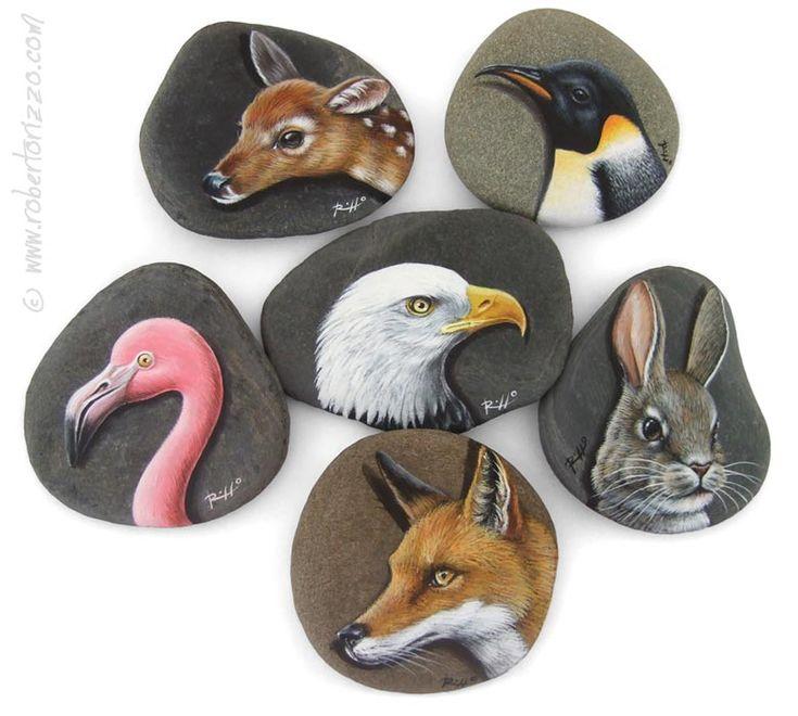 Sei alla ricerca di bomboniere originali o di un'idea regalo sorprendente? Le mie teste di animali dipinte a mano su sassi ti lasceranno a bocca aperta!