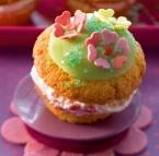 Muffins met een frambozenvulling
