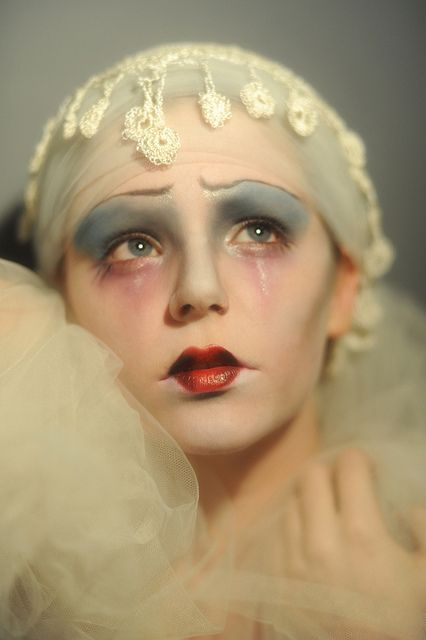 Weeping Harlequin make up editorial.