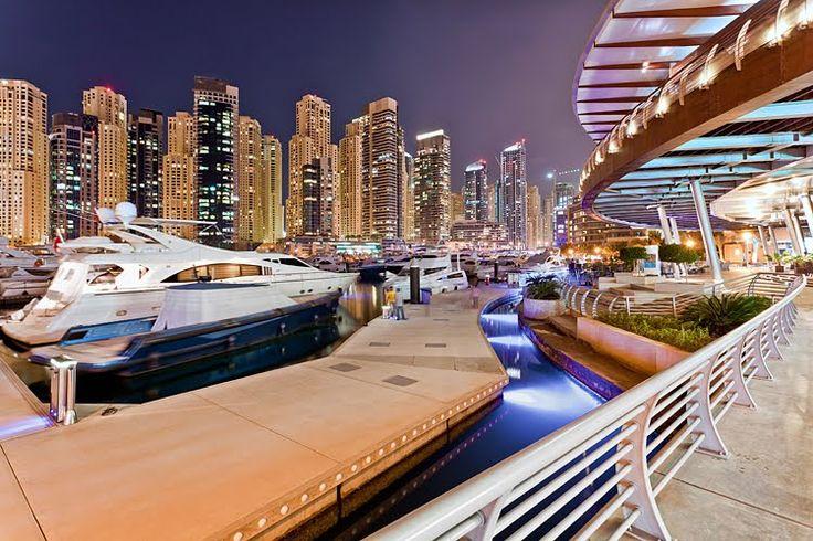 Marina Yacht Club, Dubai -  by funtor
