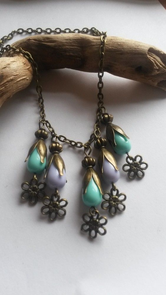 Necklace Purple and Green Flower £9.00