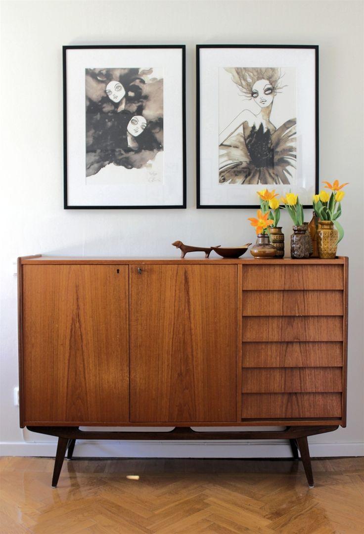 Gillar verkligen den här kombinationen mellan modern konst och möbeln från 40 ~ 60-tal. Friskt vågat - hälften vunnet