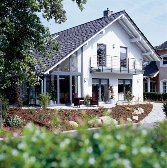56 besten einfamilienhaus bilder auf pinterest einfamilienhaus bien zenker und traumhaus. Black Bedroom Furniture Sets. Home Design Ideas