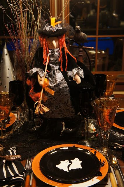 christines home and travel adventures eat drink and be scary halloween disheshalloween tableholidays - Halloween Place Settings