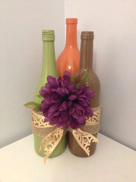 más y más manualidades: Elegantes centros de mesa con botellas de vidrio