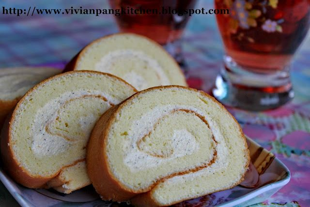 Vivian Pang Kitchen: Vanilla Swiss Roll with Vanilla Crème Mousseline -- May use the Vietnamese sponge recipe for the roll but try this to see if like the Chinese bakery buttercream!