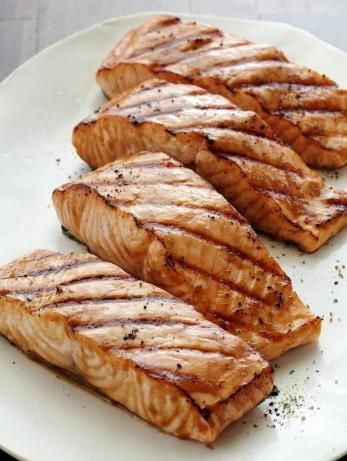 A quick marinade in a mixture of tangy Asian ingredients is all it takes to infuse Bobby's five-star Healthy Grilled Salmon with plenty of flavor and moisture.  #RecipeOfTheDayFood Network, Health Food, Marines Grilled, Miso Ging, Healthy Grilled, Grilledsalmon, Healthy Recipe, Grilled Salmon Recipe, Salmon Recipes