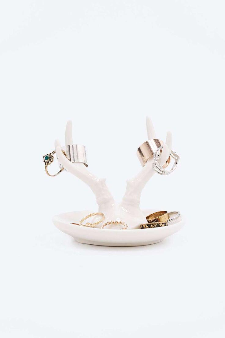 1000 id es sur le th me porte bijoux en bois de cerf sur. Black Bedroom Furniture Sets. Home Design Ideas