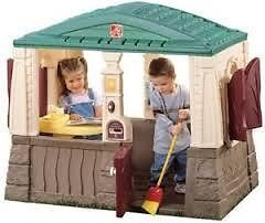 NEAT AND TIDY COTTAGE .. Moulded in floor keeps kids out of the dirt