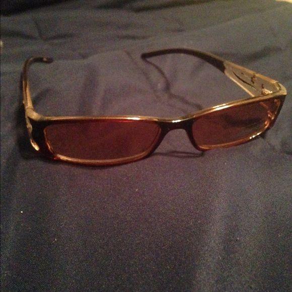 UV Sunglasses Brown UV Sunglasses with designs on arms Accessories Sunglasses