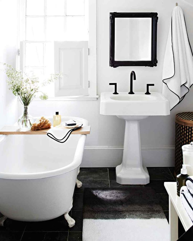 Focus On Details Martha Stewart Living To Almost Instantly Sharpen A White Bathroom