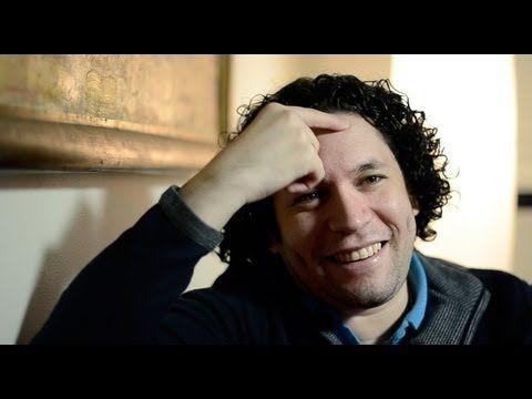 ▶ Gustavo Dudamel interview (english subtitles) - YouTube