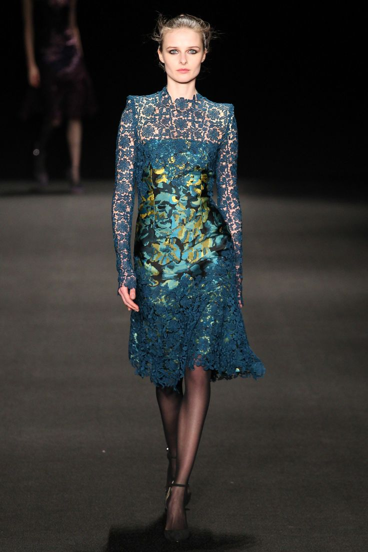 See the Monique Lhuillier autumn/winter 2015 collection