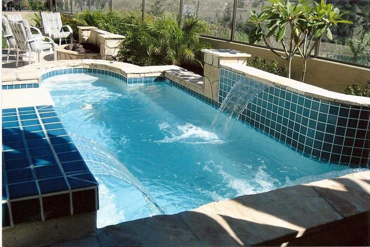 Wall Fountains Outdoor Pool with blue tail