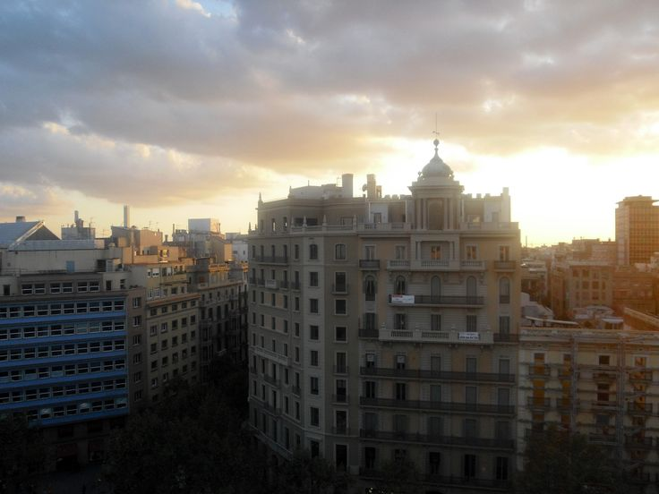 Sunset Buildings. Barcelona/Espanha.
