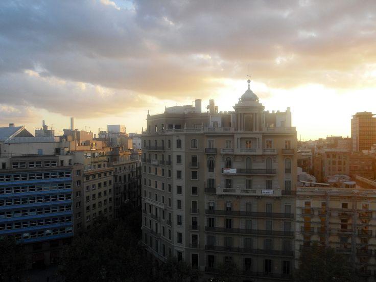 Sunset Buildings. Barcelona/Espanha.