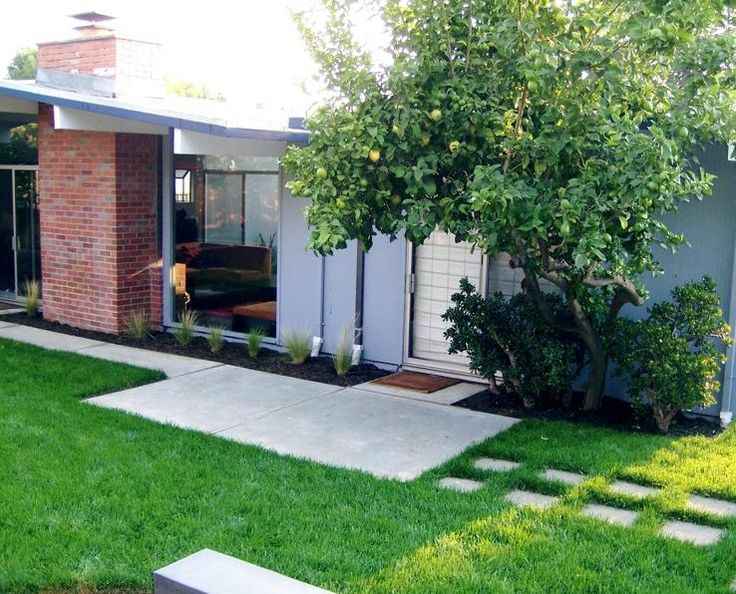 eichler with concrete steppers modern backyardmodern landscapinglandscaping