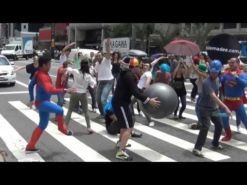 Harlem Shake - Avenida Paulista, BRASIL