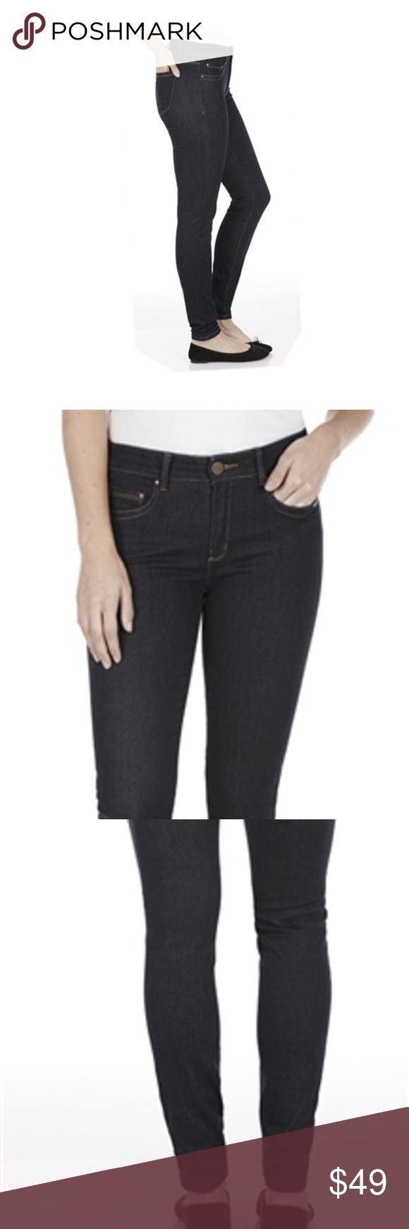 """FDJ Christina slim leg Jeans Lifting Push Up dark new with tags French Dressing Jeans Christina Push Up - lifts behind slim leg size 2 womens color is Ink Blue 90% cotton, 7% polyester, 3% lycra some photos are stock to show fit and style  Actual Measurements laying flat: Waist:  13.5"""" Hips:   rise: 9.5"""" inseam: 30.5 leg opening:  4.5"""" French Dressing Jeans Jeans Skinny"""