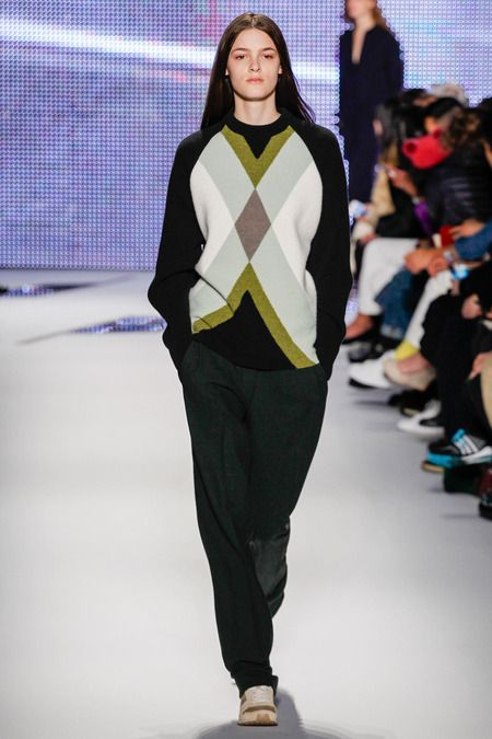 Look 37 Lacoste | Fall 2014 Ready-to-Wear Collection | Style.com