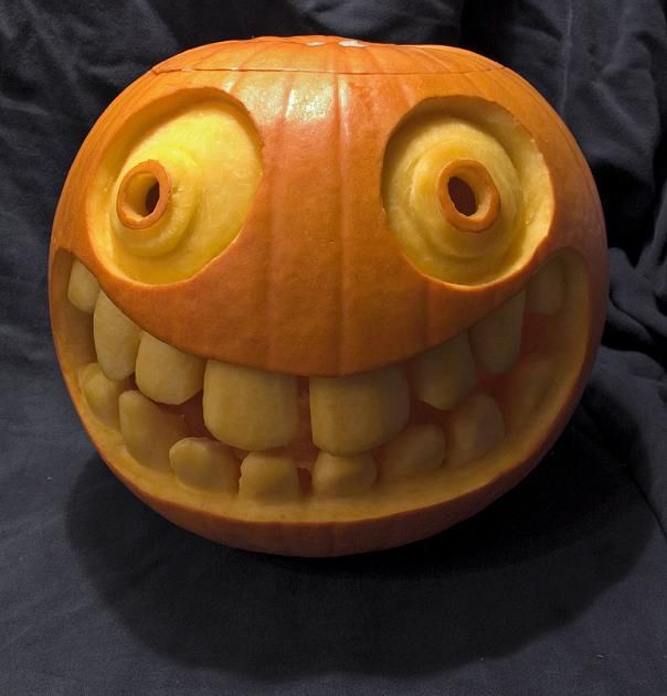 Big smiley face with teeth pumpkin halloween
