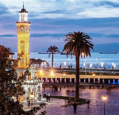 Bir masal şehri İzmir  Rüya gibi  İyi geceler İzmir