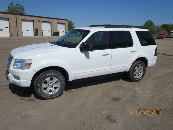 2009 ford explorer (fargo mhd): < image 1 of 10 > 2009 ford explorer condition: excellentcylinders: 6 cylindersdrive: 4wdfuel: gaspaint…
