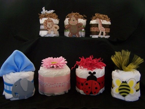 MINI DIAPER CAKES Centerpieces Baby Shower ideas Baby Shower gifts Monkey Flower Giraffe Lion Bumble Bee Ladybug Frog Duck mini diaper cakes