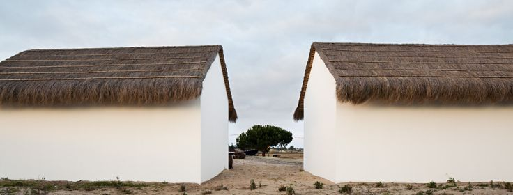CASA AREIA Architects: Aires Mateus Location: Comporta, Grândola, Portugal Collaborator: Humberto Fonseca